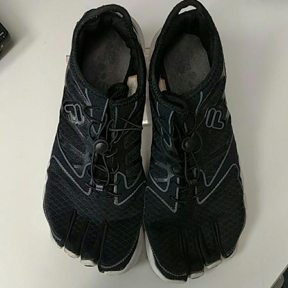 Fila Skele toes Voltage mens sneakers sz 9.5